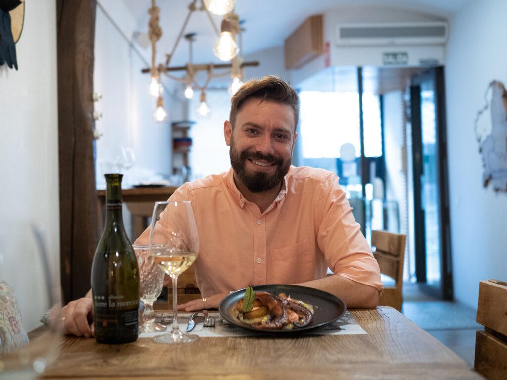 Martín, hostelero gallego, restaurante orixe